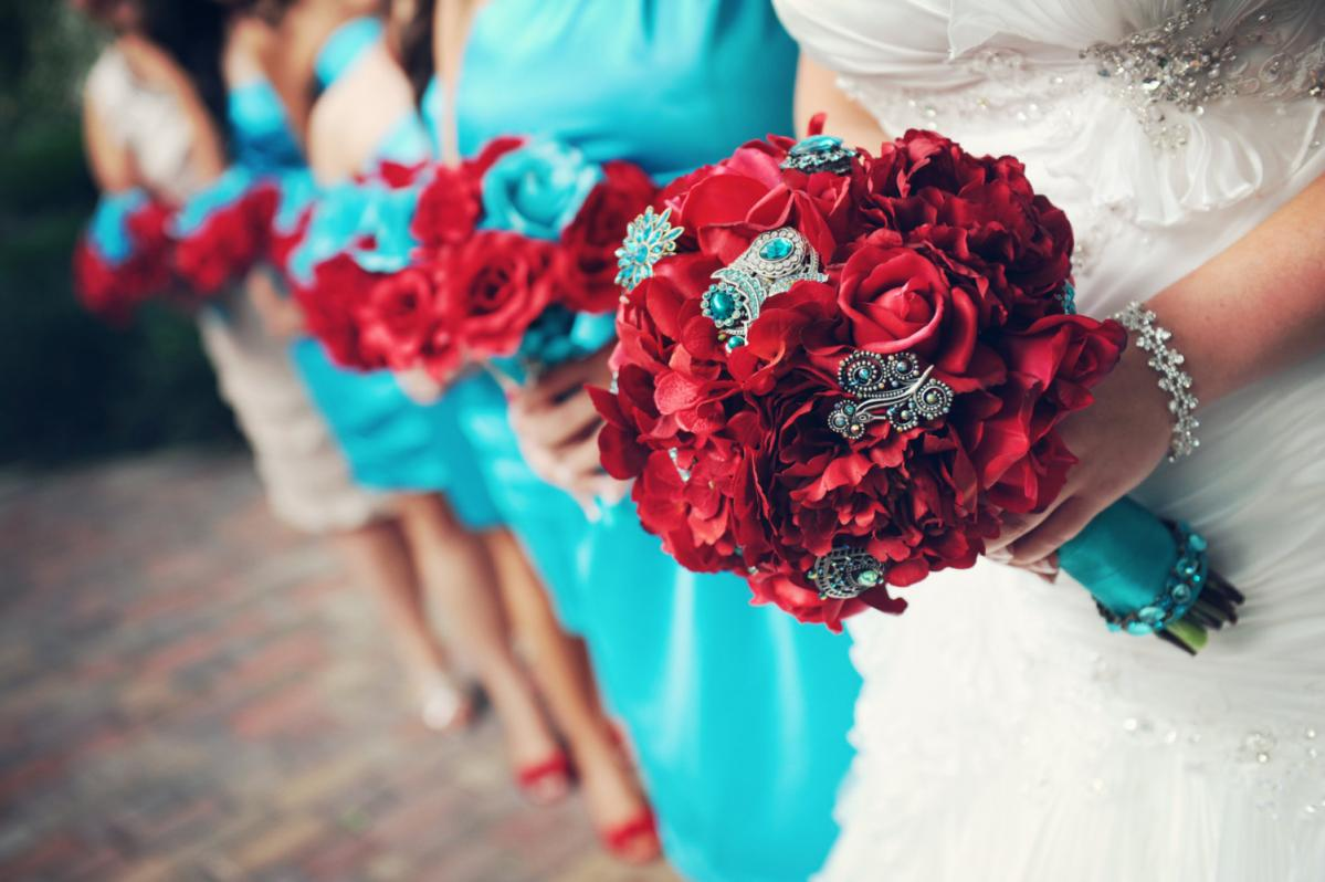 Real touch bridal bouquet with rhinestone brooch accents red and real touch bridal bouquet with rhinestone brooch accents red and aqua izmirmasajfo